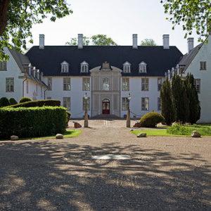 De 5 Gaarde, Schackenborg